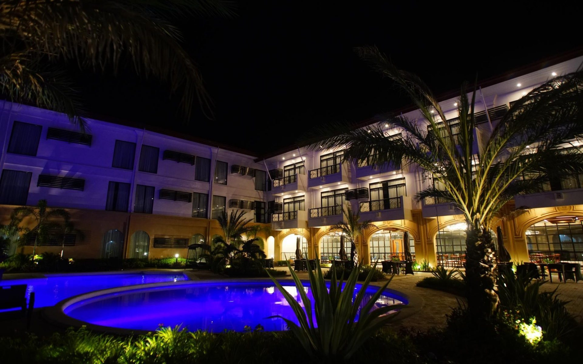 An Urban Paradise: Hotel Oázis